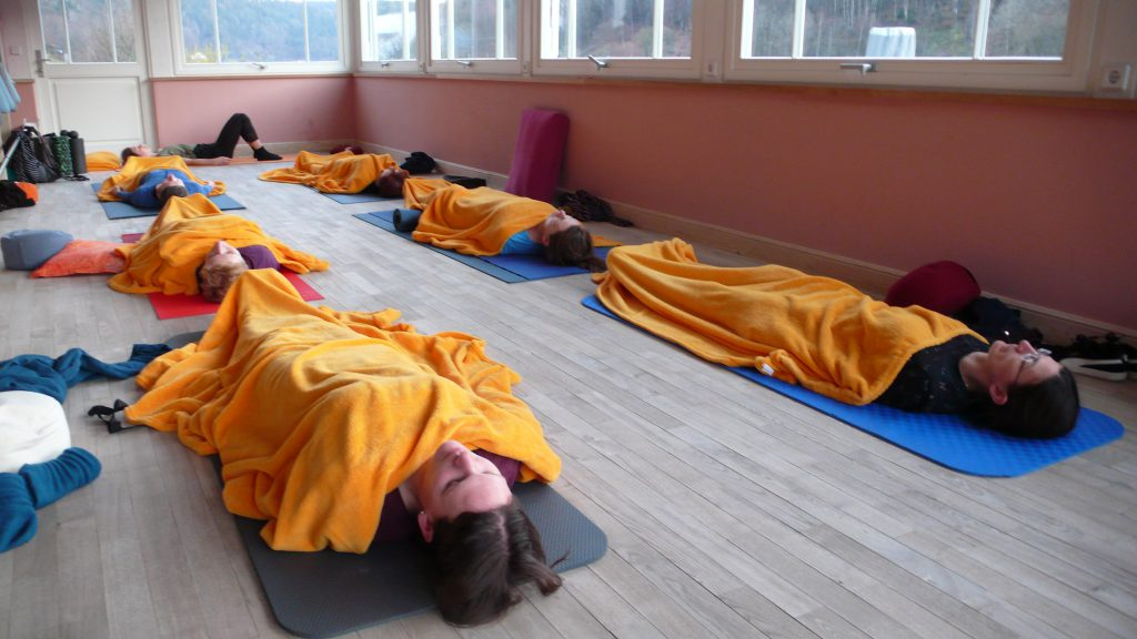 Yoga. Schabasana (Endentspannung)